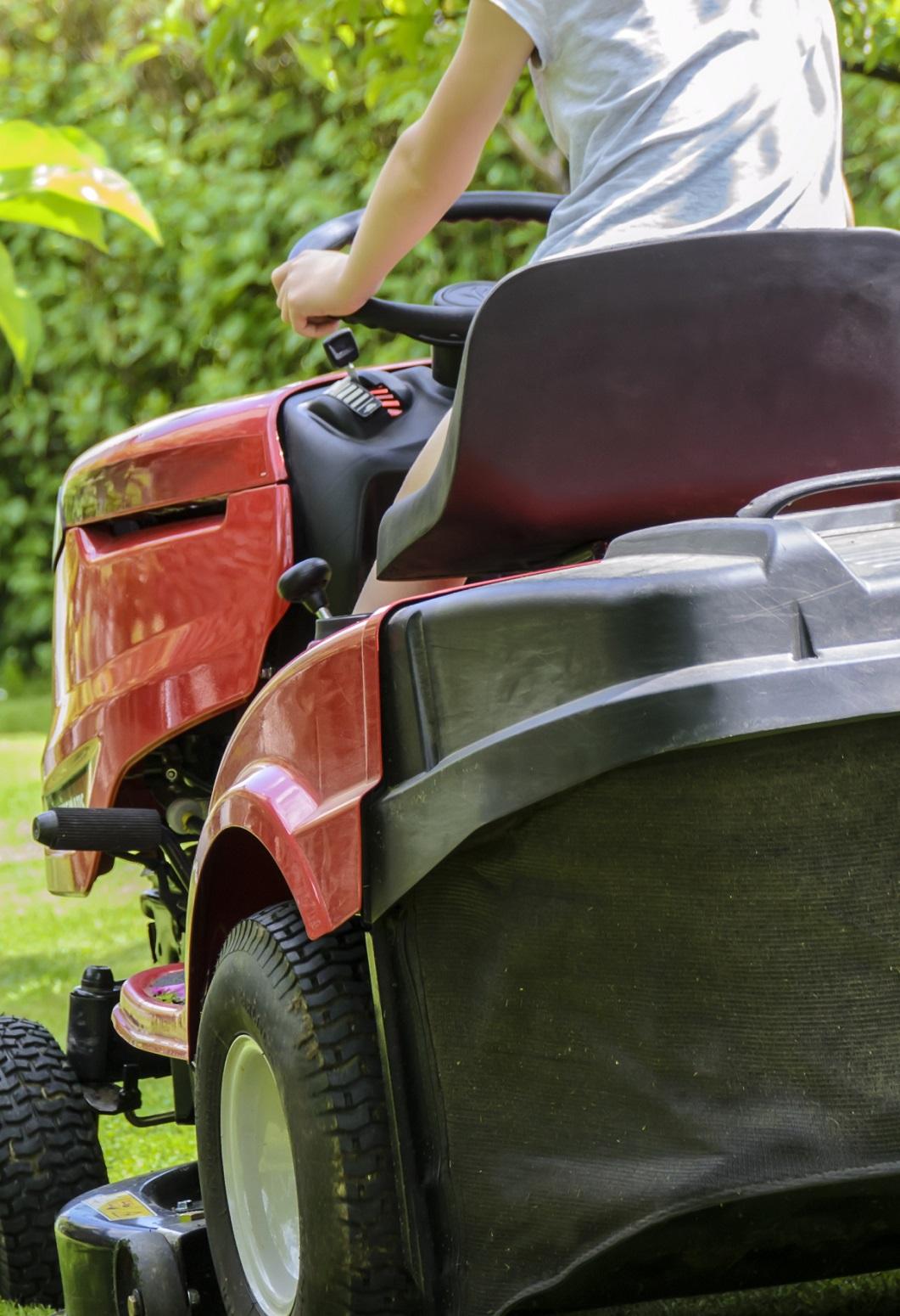 Gutscheinvorlage Rasen mähen